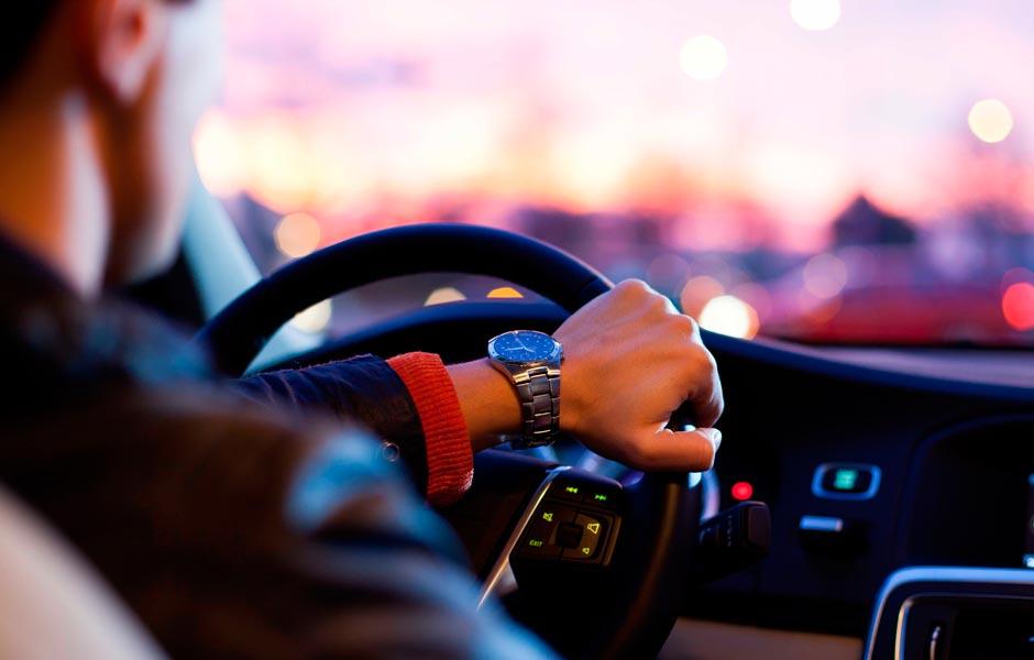 Empresa alquiler coches con conductor en Madrid